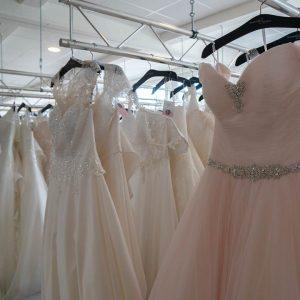 Brautstudio Offenborn - Brautkleider in jeder Form, Farbe und Größe
