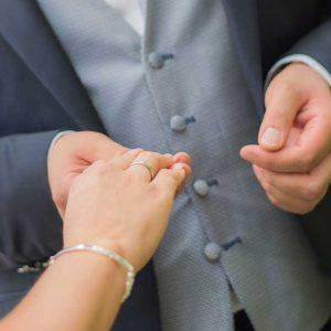 Ariane Schätzle Hochzeitsrednerin - Ringübergabe Trauung